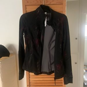 Lululemon black dark floral zip up jacket